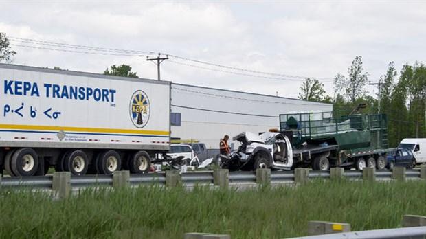 Un accident paralyse l'A-440 en direction ouest | L'Écho de Laval