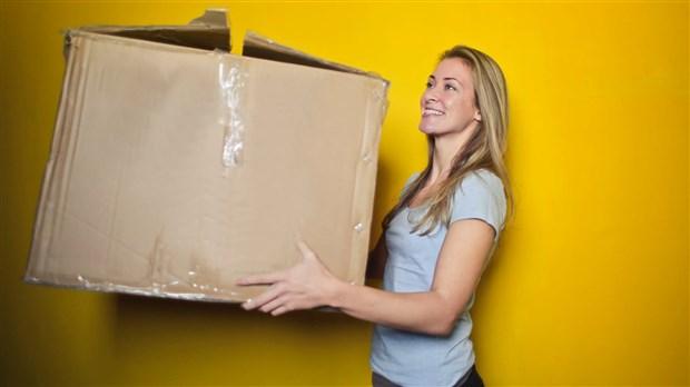 Bureau en gros aide les québécois à déménager avec des conseils et