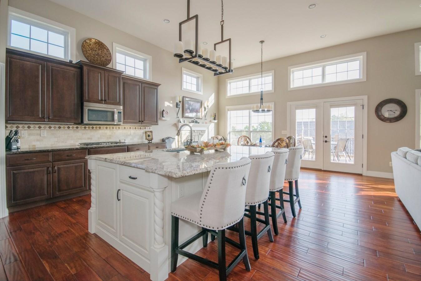 r nover sa cuisine pour augmenter le prix de vente de sa propri t l 39 cho de laval. Black Bedroom Furniture Sets. Home Design Ideas